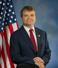 Quigley-co-sponsors-resolution-denouncing-Carsons-transphobic-history-