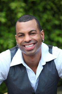 Jonathan Plummer finds niche as website host