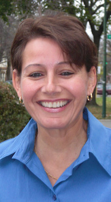 Lesbian activist eyes run for city clerk