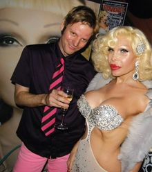 Amanda Lepore shows off her 'Lucky Charms'