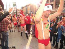 Santa Speedo Run zips through Boystown, thousands raised for Center on Halsted