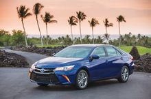 VEHICLE-REVIEW-2015-Toyota-Camry-hybrid-stillyoung-and-restless