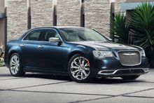 AUTOS-VEHICLE-REVIEW-The-2016-Chrysler-300-hauls-class