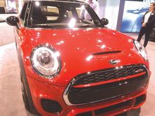 Chicago-Auto-Show-runs-through-Feb-19