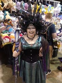 Comic-Con-dazzles-with-stars-cosplay-