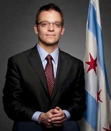 Former-Chicago-alderman-charged-after-crashing-into-eight-cars-