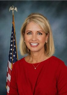 STATE-LOCAL-POLITICS-Congresswoman-invokes-Hitler-former-alderman-reports-to-jail-
