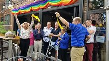Schakowsky-participates-in-reopening-of-Chicago-restaurant-