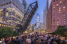 ATTRACTIONS-Chicagos-First-Lady-offers-a-premium-architectural-tour