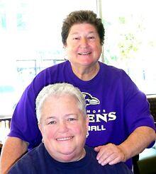 PASSAGES-Pioneering-lesbian-business-owner-Susan-Mazer-dies